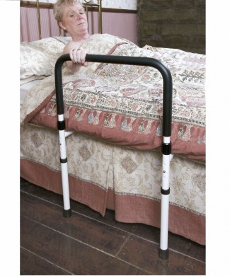 Asidera cama tipo frida con patas