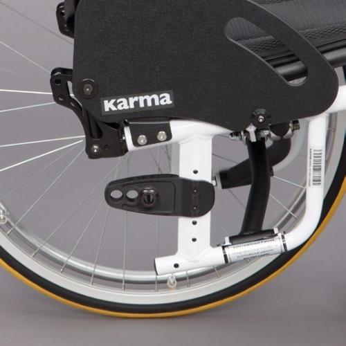 Eje rueda trasera extraible y adaptable silla activa ergo live