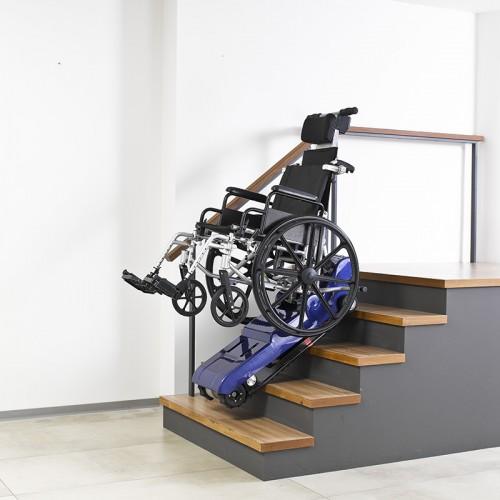 Subeescaleras oruga, ayuda subir sillas ruedas por escaleras.