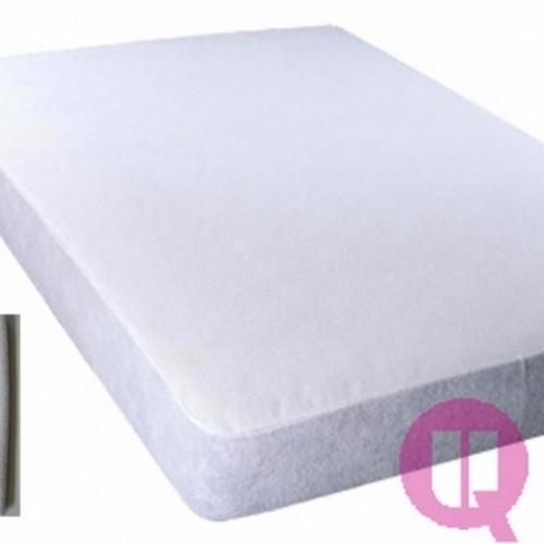 Protector impermeable de colchón de rizo y poliuretano