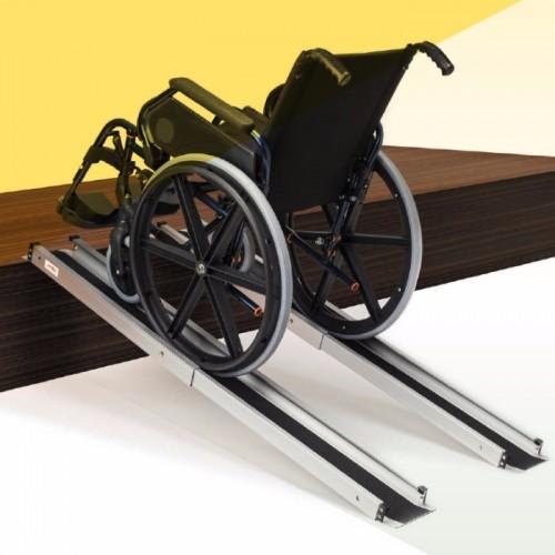 Rampa para silla de ruedas o scooter telescópica portatil